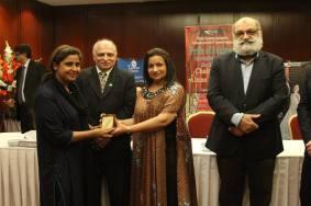 Ayshasaleem award2