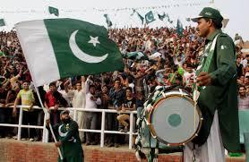 Pakistanis celebrating1