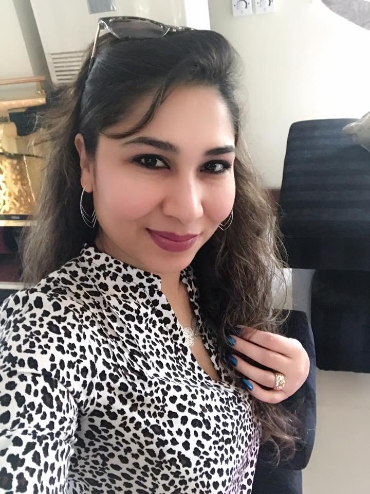 Madiha Gohar (Best)